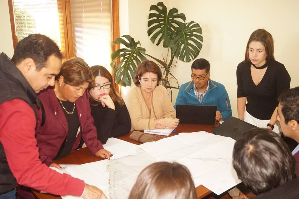 Alcaldesa de Pelluhue recibe visita de Obras Portuarias de Maule – Bio Bio y Servicio de Vivienda y Urbanismo