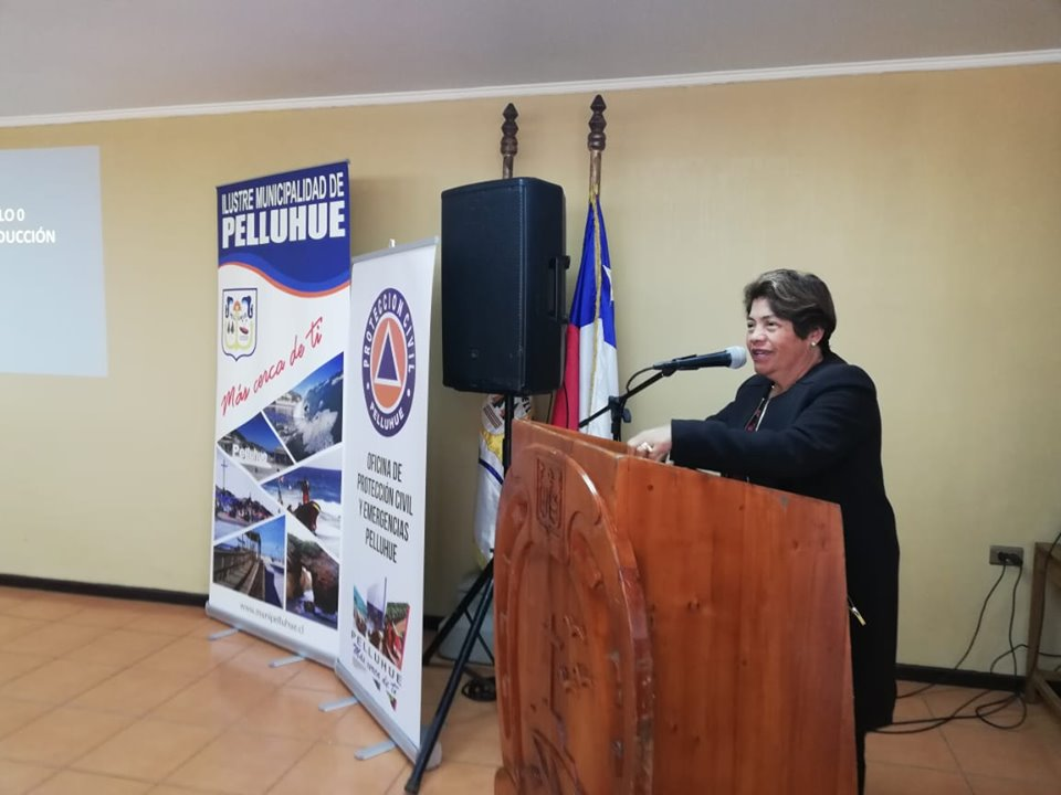 ALCALDESA DE PELLUHUE, PARTICIPA EN PRIMERA JORNADA DE CAPACITACION CERT