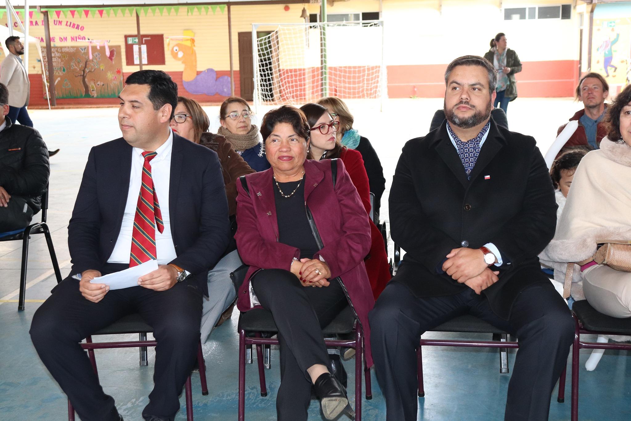 ALCALDESA DE PELLUHUE ASISTE A CELEBRACIÓN DEL DÍA INTERNACIONAL DE LOS DERECHOS DEL NIÑO.