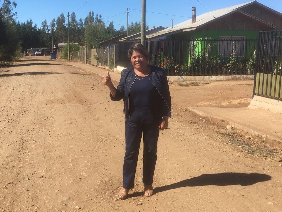 ALCALDESA DE PELLUHUE CUMPLE UN NUEVO COMPROMISO EN CHOVELLÉN